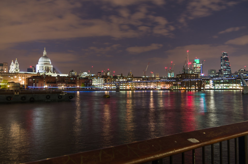 Across the Thames to St. Paul's