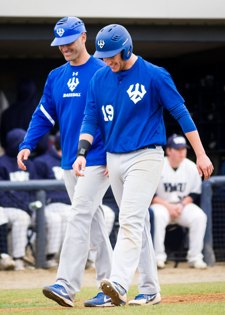 """This is how we walk in sync""—Coach Brandon Cohen to Zach Loew"
